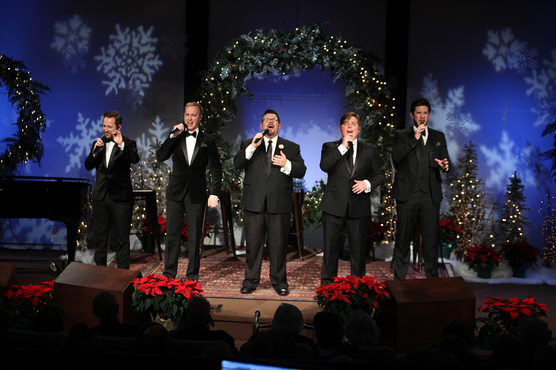 Veritas at Christmas at The Cove 2