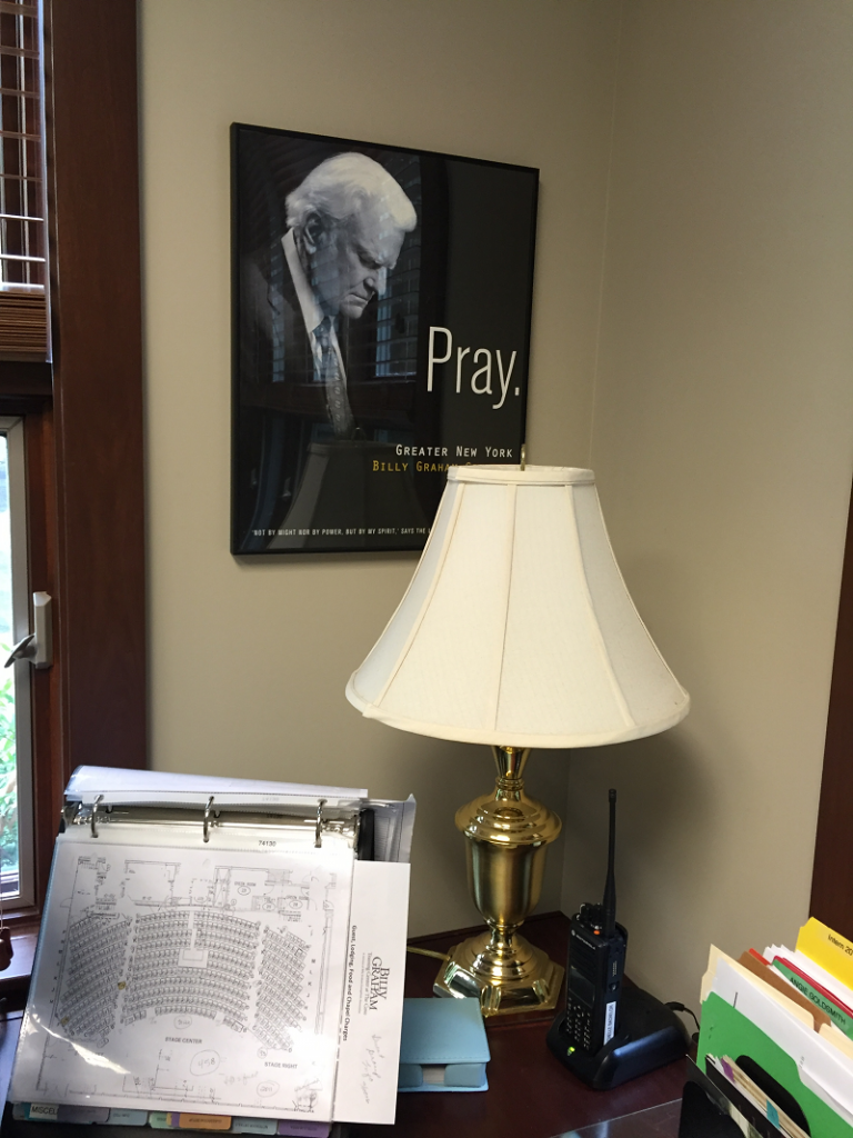 IMG_0536 sm Billy Graham pray in Michelles office