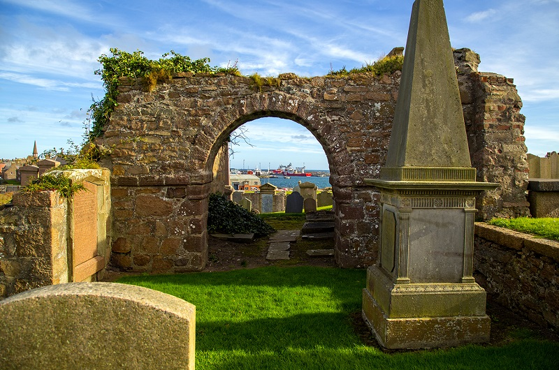 boat view through stone arch in scotland wil graham preaching oct 2016